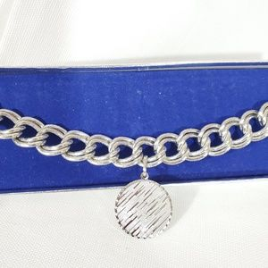 "Vintage "" Stanhome"" Silver Tone Toggle Bracelet"